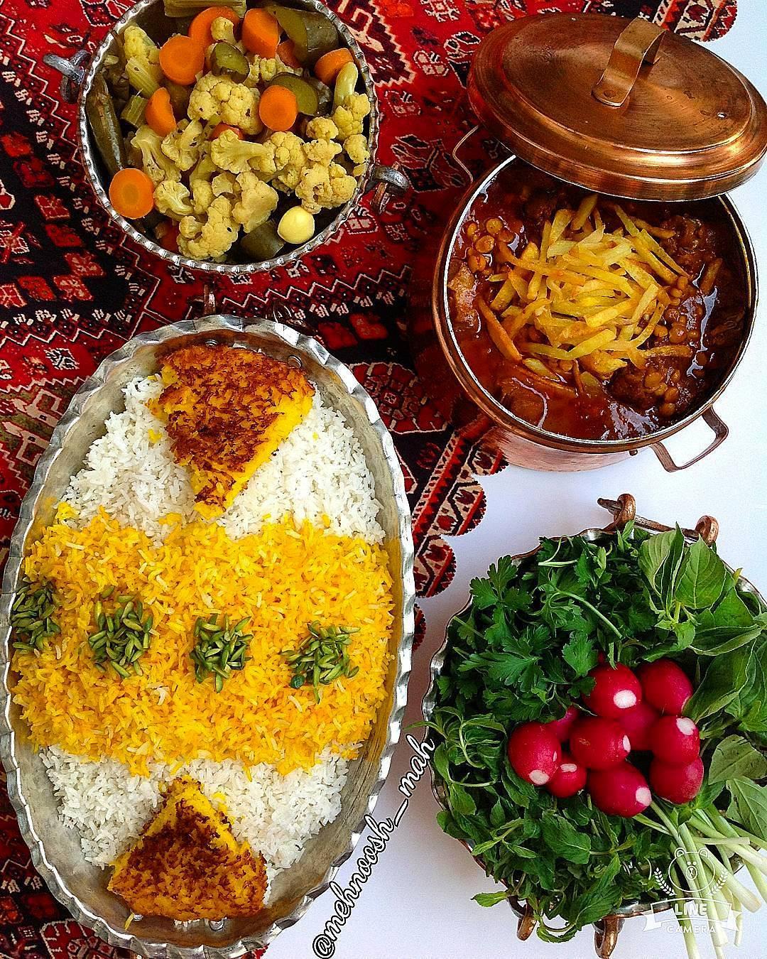 Gheyme-Khoresht-IranFood-IranTours-ZhinoTours