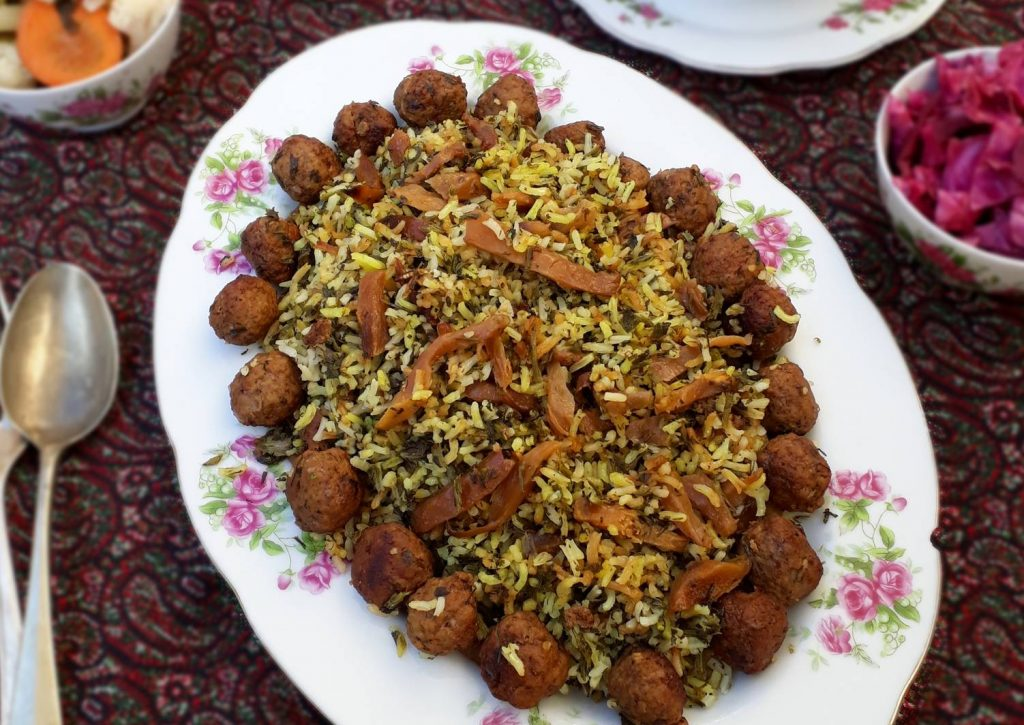 Kalam-Polo-Shirazi-Iran-ZhinoTour