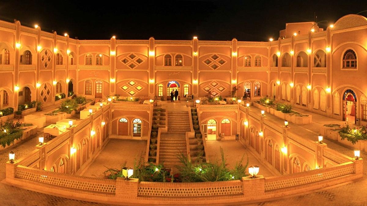 Hotel-Yazd-Iran-Zhinotours