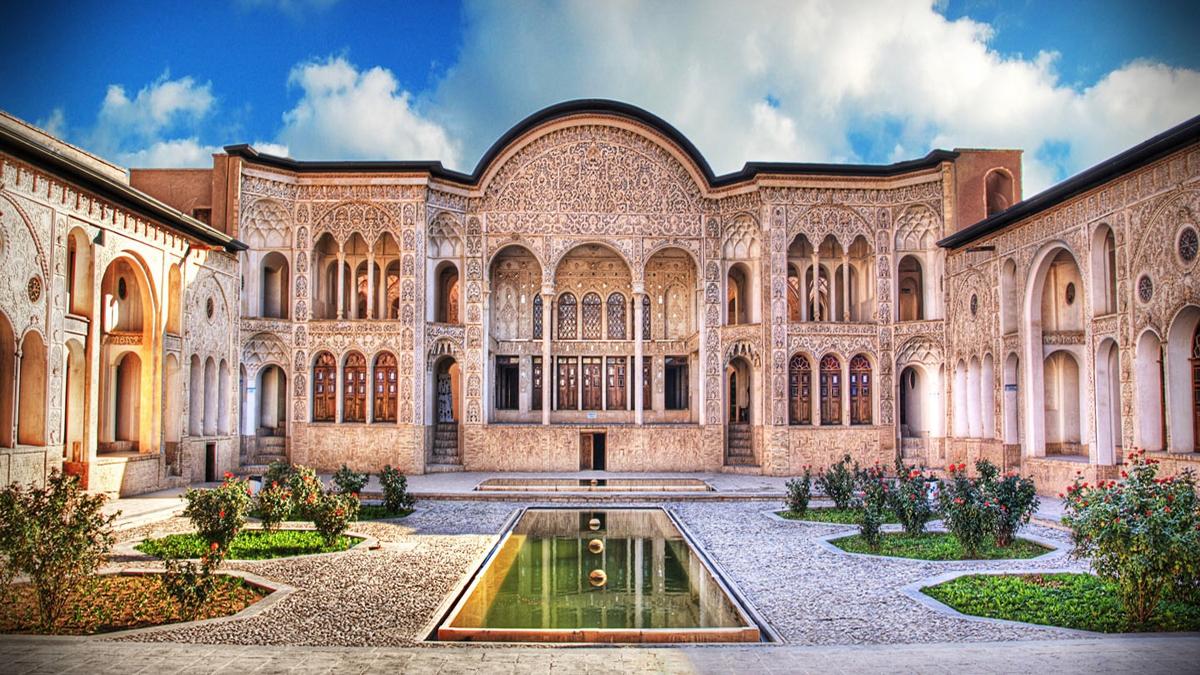 kashan.khaneh-tabatabaiha-Iran-Zhinotours