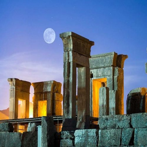 Persepolis-Shiraz-Iran-ZhinoPars-Iran-Tour