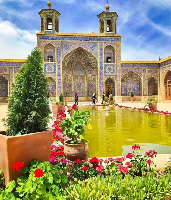 Shiraz-Iran-nasir-ol-molk-mosque-Zhinopars